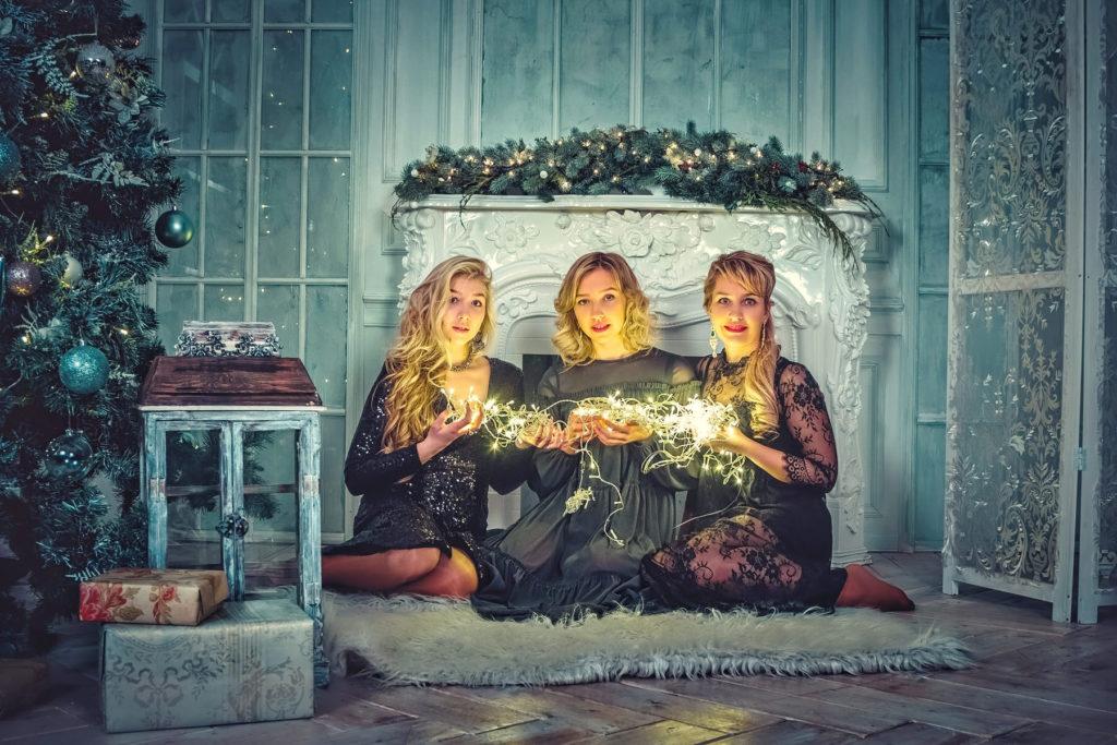 Немного новогоднего волшебства! Подарочные сертификаты с доставкой по Тюмени за 4 тысячи рублей!